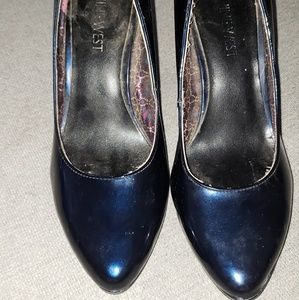 Navy Blue Pointy Pumps
